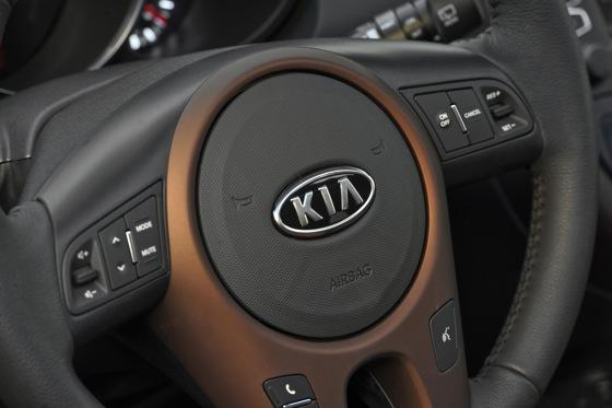 2012 Kia Soul: New Car Review featured image large thumb43
