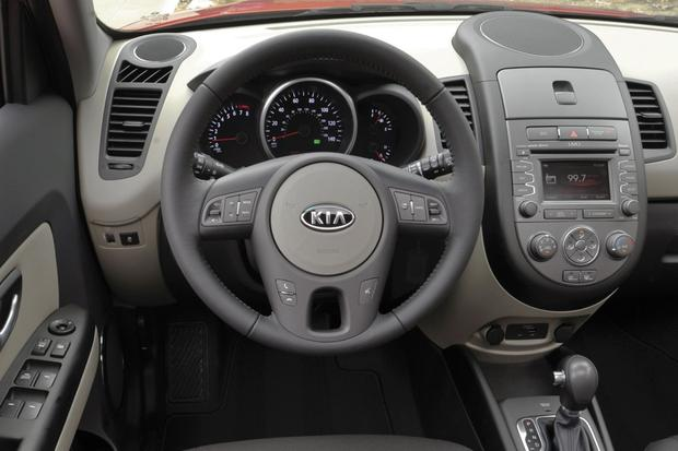 2013 vs  2014 Kia Soul: What's the Difference? - Autotrader