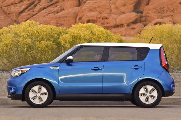 2016 Kia Soul EV: New Car Review featured image large thumb5