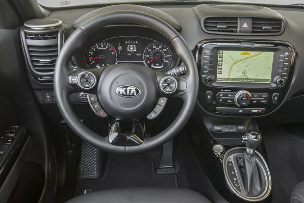 2016 Kia Soul: New Car Review featured image large thumb6