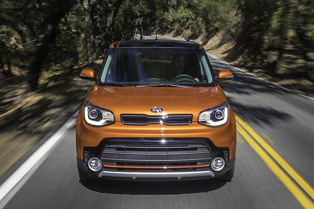 2017 Kia Soul: New Car Review featured image large thumb3