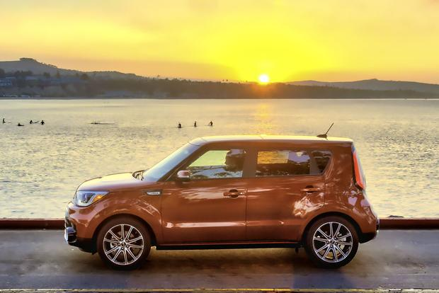 2017 Kia Soul: New Car Review featured image large thumb1