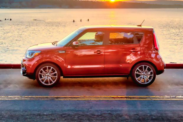 2018 Kia Soul: New Car Review featured image large thumb4