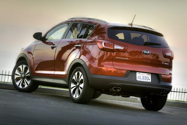 2013 Kia Sportage: OEM Image Gallery featured image large thumb2