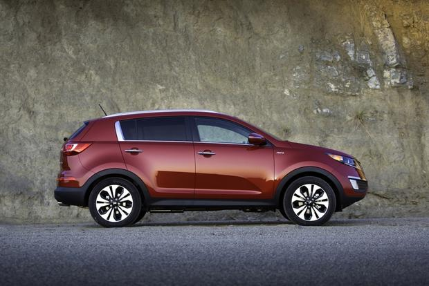 2013 Kia Sportage: OEM Image Gallery featured image large thumb4