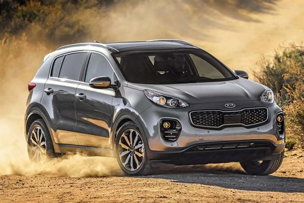 2017 Kia Sportage SX: Surprisingly Premium - Video featured image large thumb3