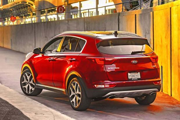 2017 Kia Sportage SX: Surprisingly Premium - Video featured image large thumb5