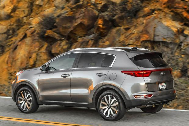 2017 Kia Sportage Vs 2016 Kia Sorento What S The