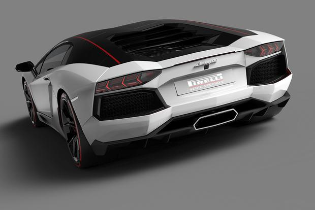 2015 Lamborghini Aventador: Overview featured image large thumb1