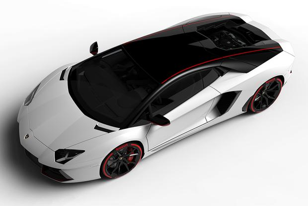 2015 Lamborghini Aventador: Overview featured image large thumb3