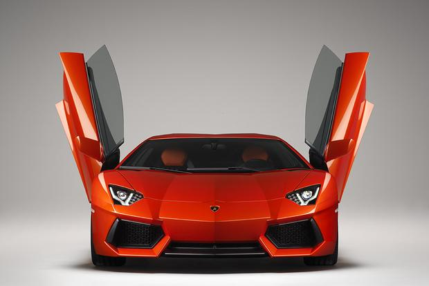 2017 Lamborghini Aventador: Overview featured image large thumb0
