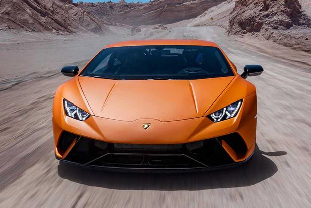 2017 lamborghini huracan overview autotrader. Black Bedroom Furniture Sets. Home Design Ideas
