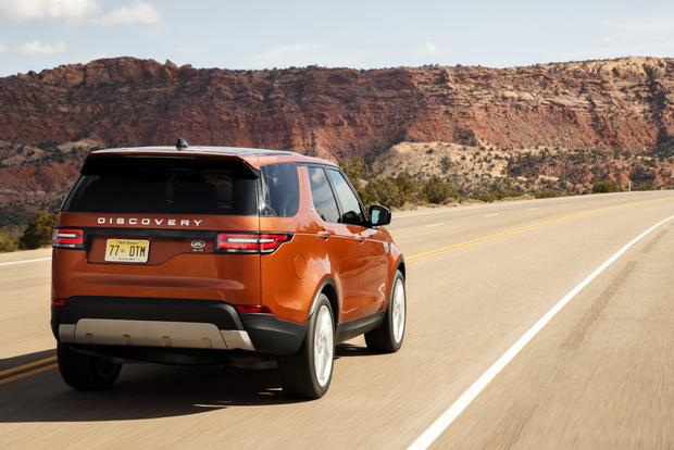 2017 Land Rover Discovery: First Drive Review featured image large thumb1