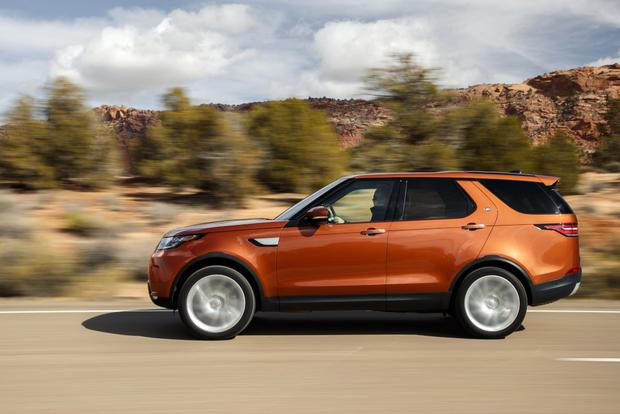 2017 Land Rover Discovery: First Drive Review featured image large thumb2