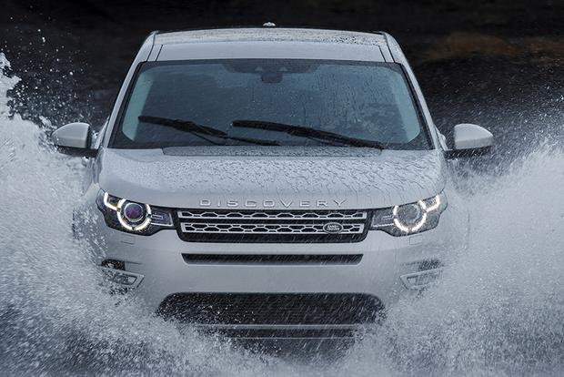 2015 Land Rover Discovery Sport vs. 2015 Range Rover Evoque: What's the Difference? featured image large thumb11