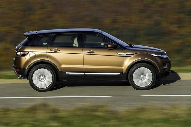 2015 Land Rover Discovery Sport vs. 2015 Range Rover Evoque: What's the Difference? featured image large thumb6