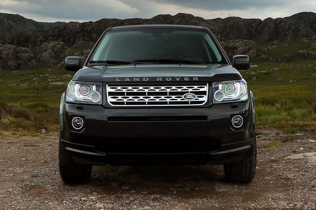 2015 Land Rover LR2 vs. 2015 Land Rover Discovery Sport: What's the Difference? featured image large thumb7