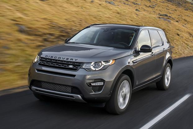 2015 Land Rover LR2 vs. 2015 Land Rover Discovery Sport: What's the Difference? featured image large thumb0