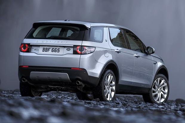 2015 Land Rover LR2 vs. 2015 Land Rover Discovery Sport: What's the Difference? featured image large thumb4