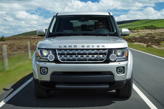 2016 Land Rover LR4: New Car Review featured image large thumb4