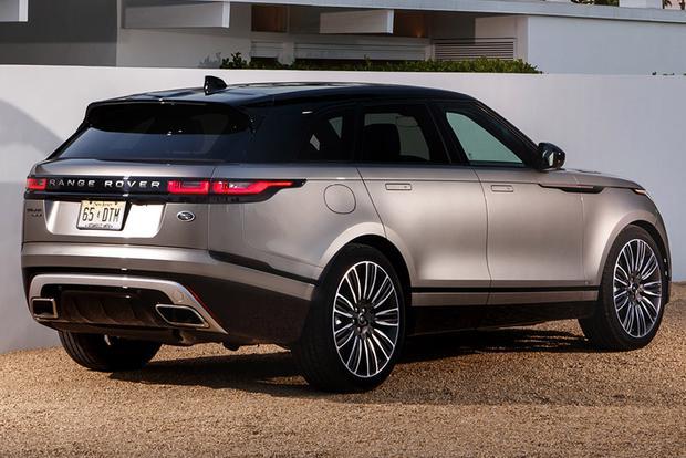 2018 range rover velar vs 2018 range rover sport what 39 s the difference autotrader. Black Bedroom Furniture Sets. Home Design Ideas
