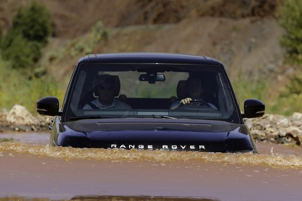 2013 Land Rover Range Rover First Drive featured image large thumb3