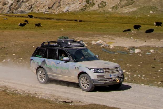 2014 Land Rover Range Rover: New Car Review featured image large thumb6