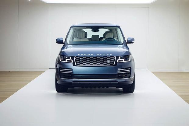 2018 Land Rover Range Rover: New Car Review featured image large thumb0