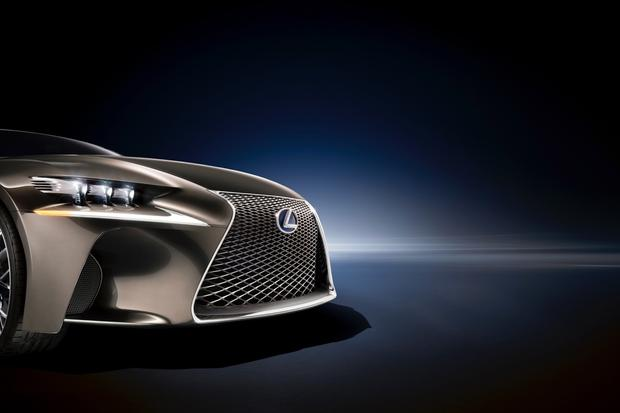Lexus LF-CC Concept: Paris Auto Show Preview featured image large thumb4