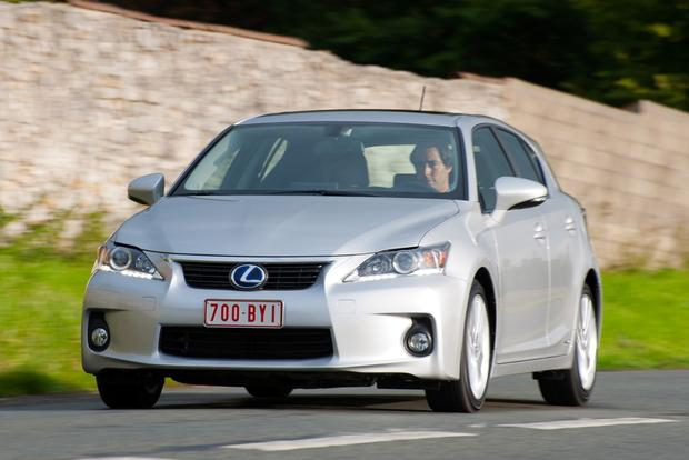 2012 Lexus CT 200h: New Car Review featured image large thumb5