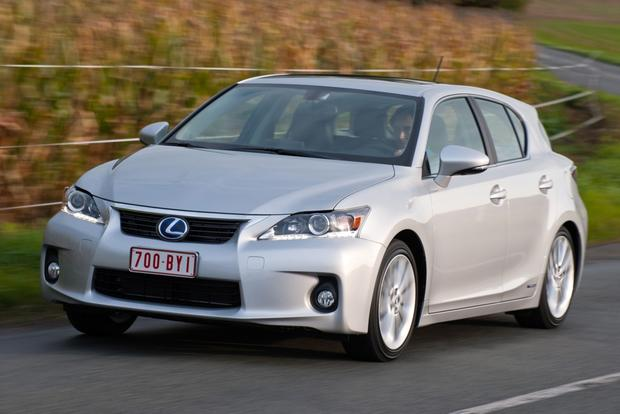 2012 Lexus CT 200h: New Car Review featured image large thumb8