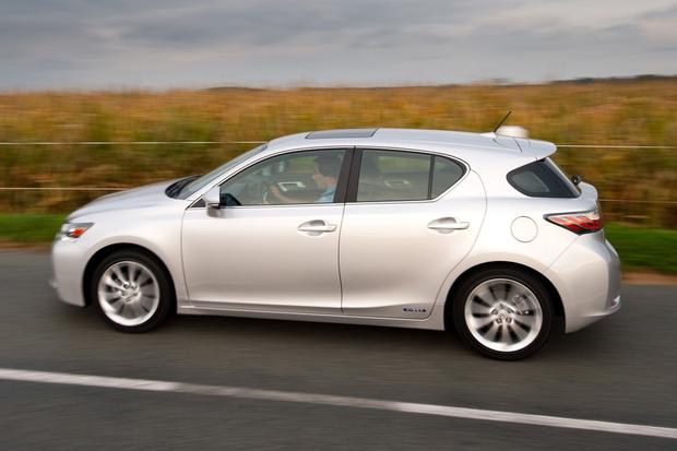 2012 Lexus CT 200h: New Car Review featured image large thumb9