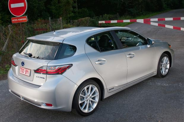 2014 Lexus CT 200h: New Car Review featured image large thumb3