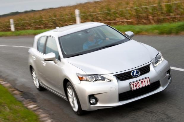 2014 Lexus CT 200h: New Car Review featured image large thumb5