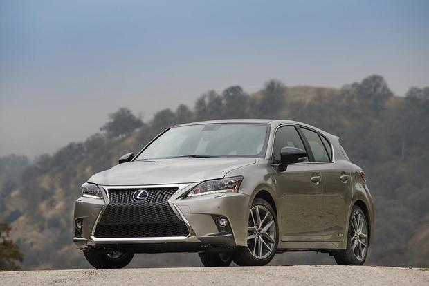2017 Lexus CT200h: New Car Review featured image large thumb1