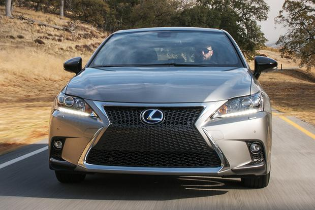 2017 Lexus Ct200h New Car Review Featured Image Large Thumb4