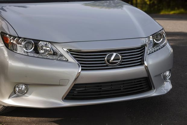 2013 Lexus ES 350: Used Car Review featured image large thumb4