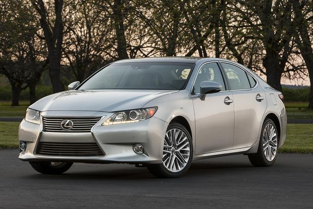 2015 Lexus ES 350: Used Car Review featured image large thumb2
