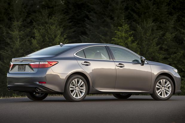 2015 Lexus ES 350: Used Car Review featured image large thumb0