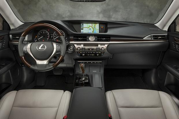 2015 Lexus ES 350: Used Car Review featured image large thumb5