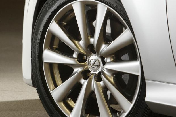 2013 Lexus GS 450h: Real World Review featured image large thumb10