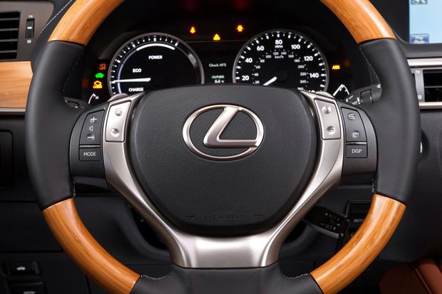 2013 Lexus GS 450h: Real World Review featured image large thumb12