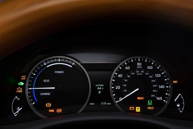 2013 Lexus GS 450h: Real World Review featured image large thumb13