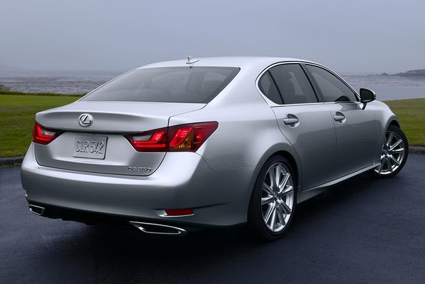 2015 Lexus GS: New Car Review featured image large thumb2