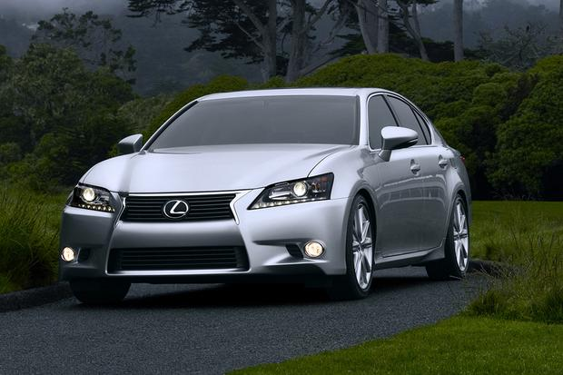 2016 Lexus GS: New Car Review featured image large thumb2