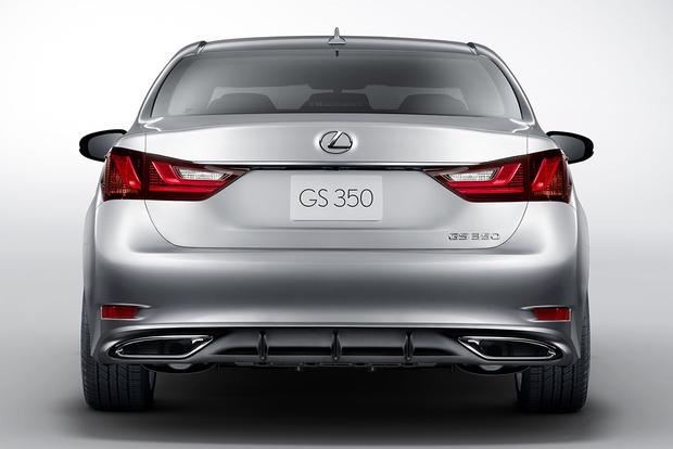 2015 Lexus GS: New Car Review featured image large thumb1