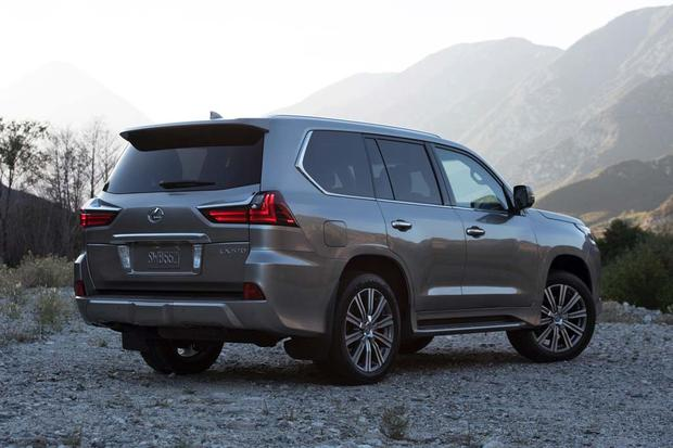 2016 Lexus GX 460 vs  2016 Lexus LX 570: What's the