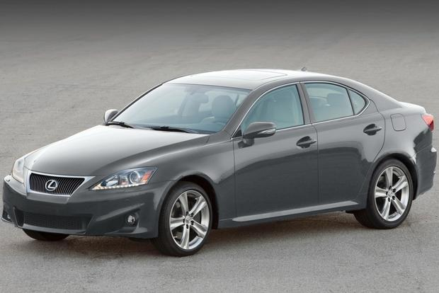 2013 Lexus IS: New Car Review featured image large thumb3