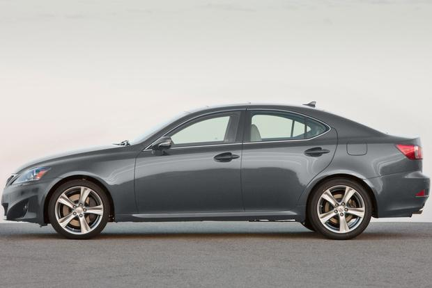 2013 Lexus IS: New Car Review featured image large thumb4