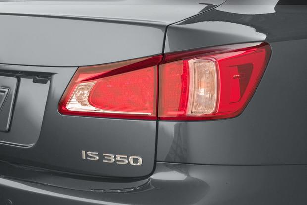 2013 Lexus IS: New Car Review featured image large thumb6